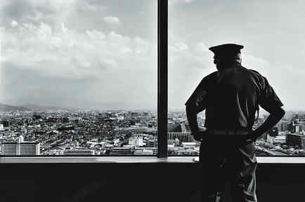La policía del país que se quedó sin criminales.