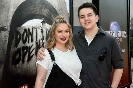 Chiquis Rivera and Johnny Lopez
