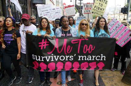 Marcha contra el acoso sexual en Los Angeles el 12 de noviembre.