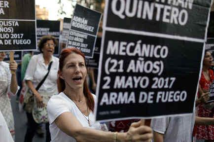Protestas contra miles de muertos en Venezuela