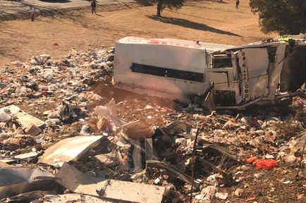 Camión que chocó contra tren que transportaba a republicanos a West Virginia