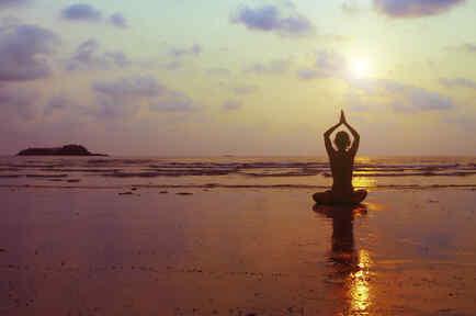 yoga atardecer paisaje