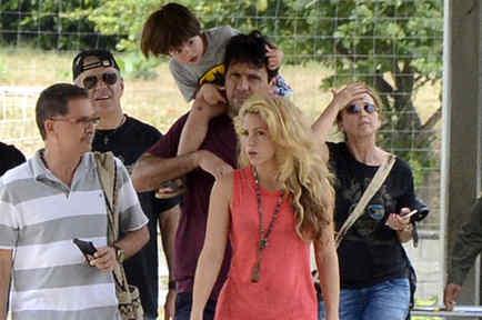 Shakira y su familia en Colombia