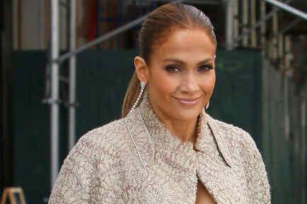 A Jennifer Lopez le encanta lucir glamurosa
