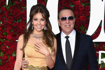 Thalía y Tommy Mottola en Tony Awards 2016