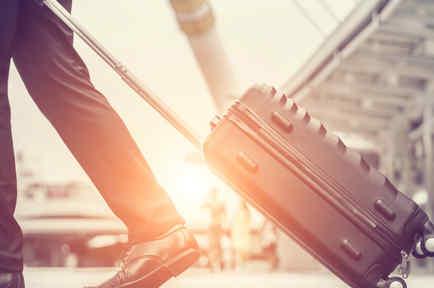 5 empleos que pagan más de $100,000, por viajar