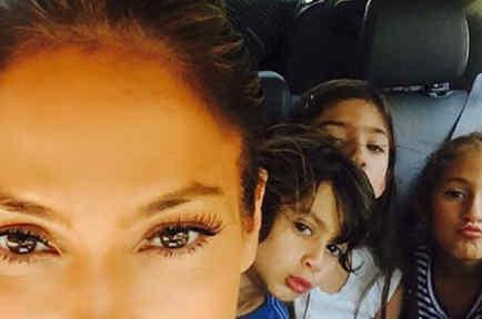 Jennifer Lopez, Max y Emme