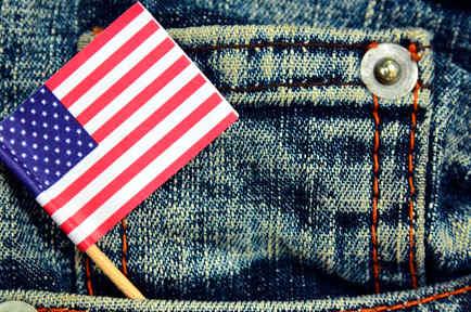 Blue jeans con bandera estadounidense