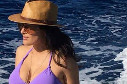 Salma hayek en un bikini