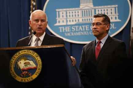 """El gobernador Jerry Brown rechazó como """"mentiras"""" las acusasiones del procurador federal Sessions."""