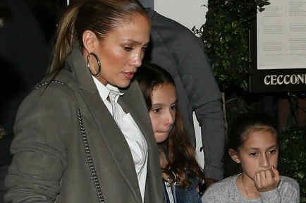 Jennifer Lopez con Ella y Emme
