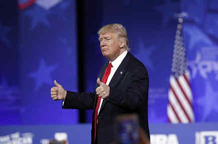 Trump, campeón de desaprobación al cumplirse un mes de gobierno