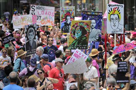 Las calles de Nueva York acogieron las celebraciones por el Orgullo Gay.