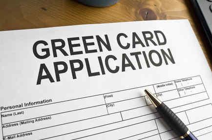 Formulario para aplicar a la residencia permanente.
