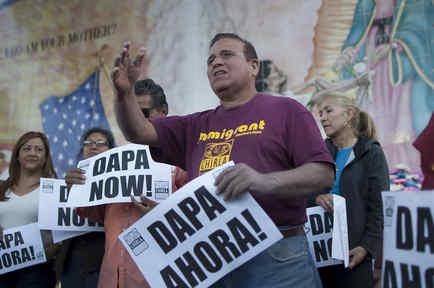 Manifestantes protestan a favor de la Acción Ejecutiva de inmigración