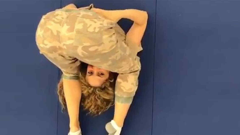 Shakira sorprende con sus movimientos