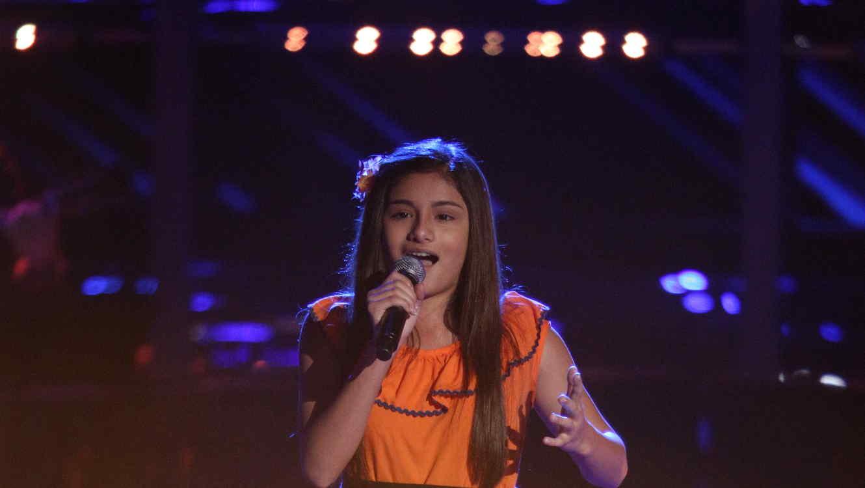 Valeria Gomez canta la mariquita en la voz kids