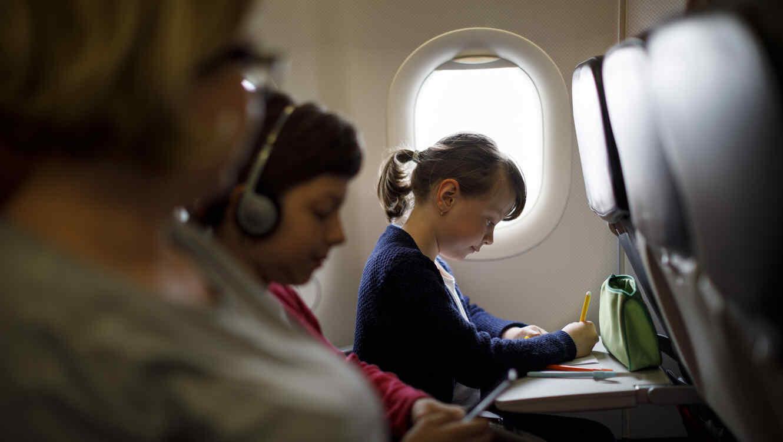 Juguetes para entretener a tus hijos en un avión