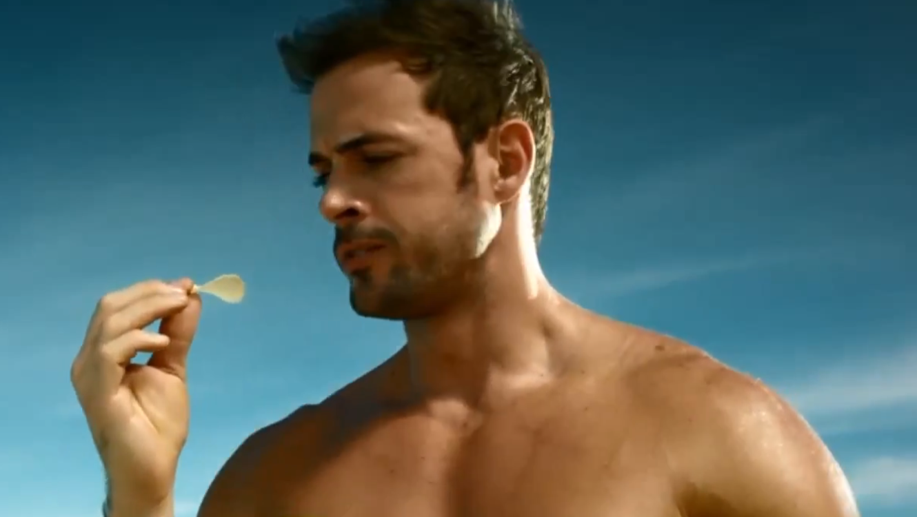William Levy en su comercial Sabritas