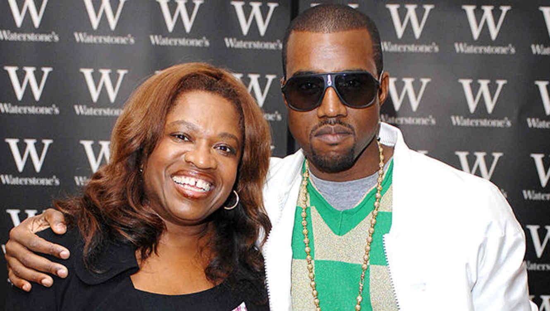 Kanye West y su mamá