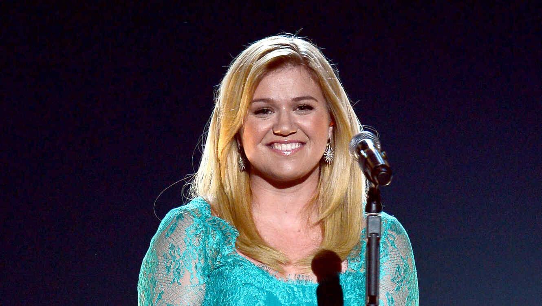 48th Annual Kelly Clarkson en su presentación en los premios Country Music Awards 2013.Academy Of Country Music Awards - Show