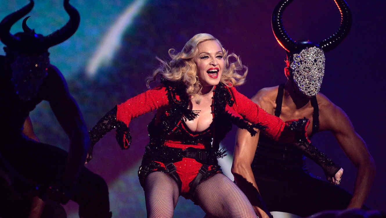 Madonna en los premios Grammy 2015