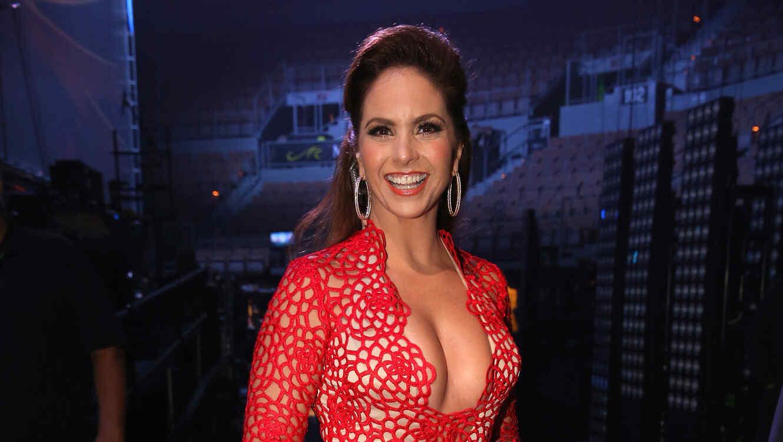 Lucero en el backstage de Latin Grammys