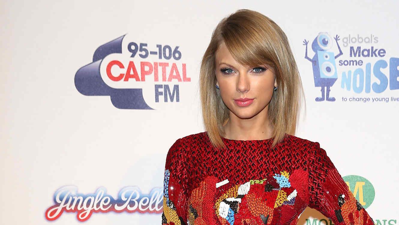 Taylor Swift atiende al Jingle Bell Ball en London