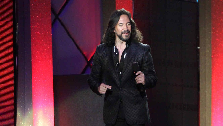 Marco Antonio Solis en los Premios Billboard 2010