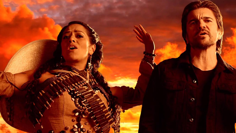 """Juanes y Lila Downs en el video """"La patria madrina"""""""