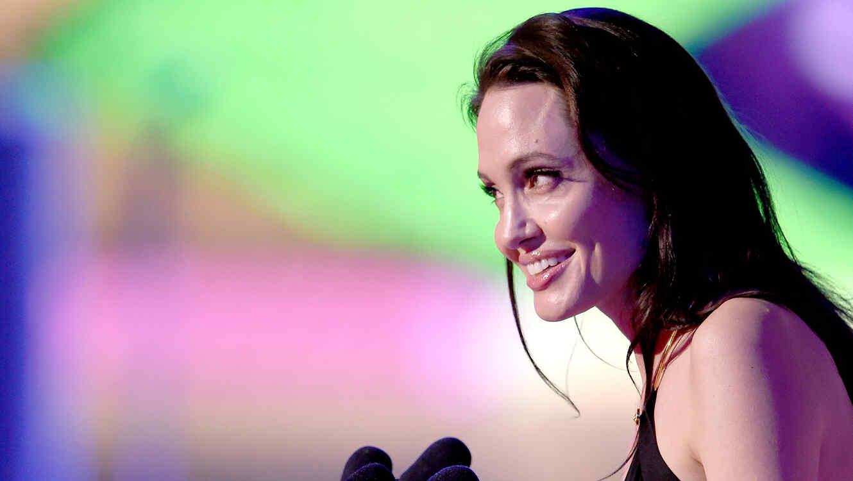 "Angelina Jolie en los ""Kids' Choice Awards 2015""."