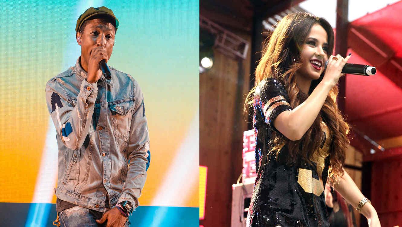 Becky G y Pharrell Williams cantando
