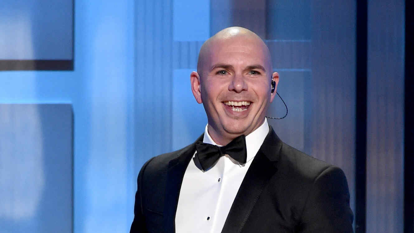 Pitbull en los American Music Awards 2014