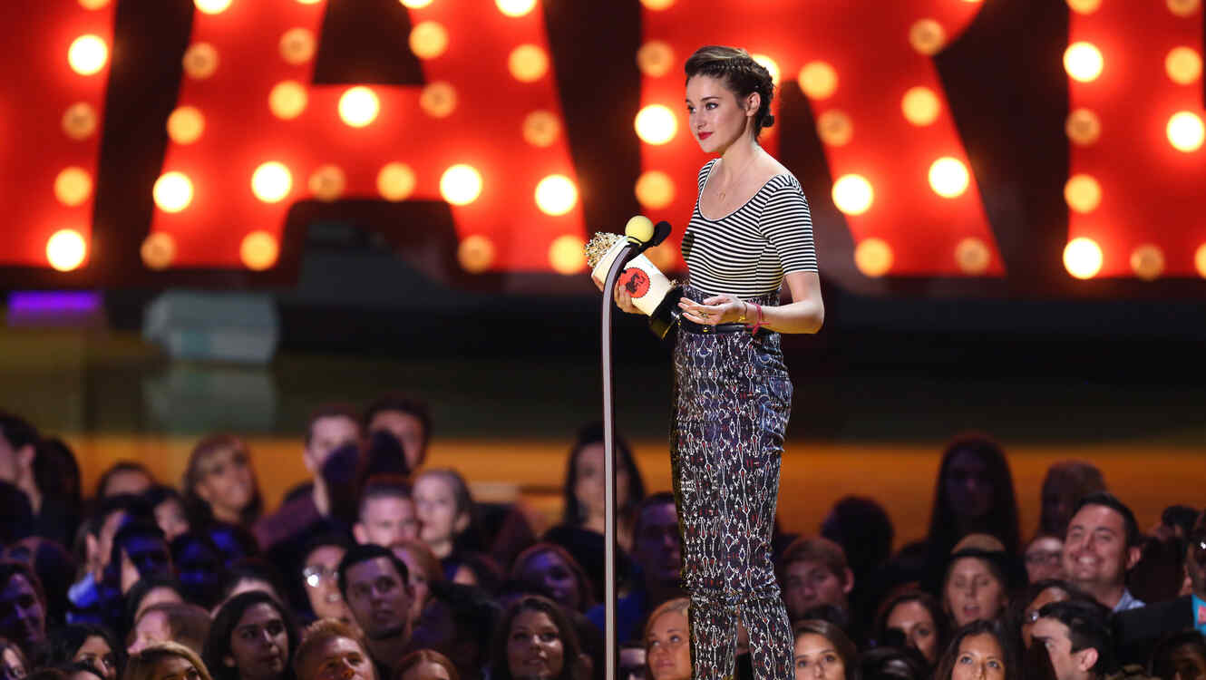Shailene Woodley en los MTV Movie Awards 2015