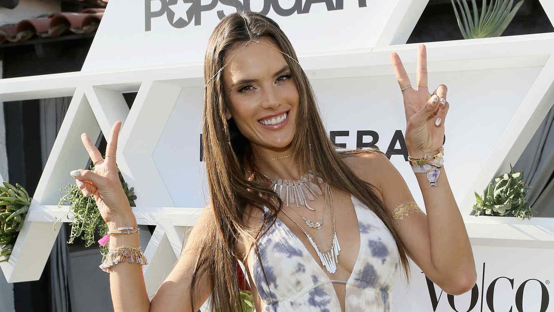 Alessandra Ambrosio en el lanzamiento de su colección 'Ale' en Cabana Club
