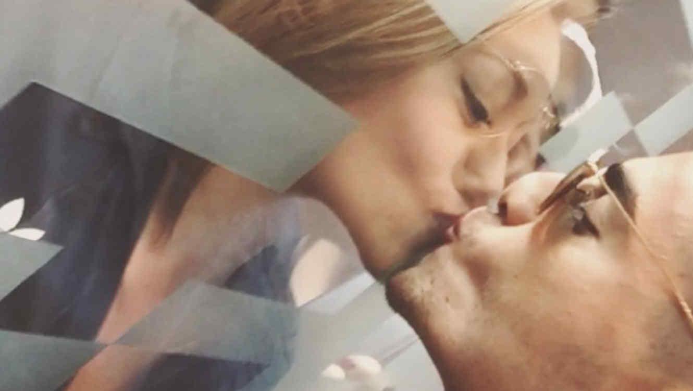 Maluma besa a una fan en un video de Instagram