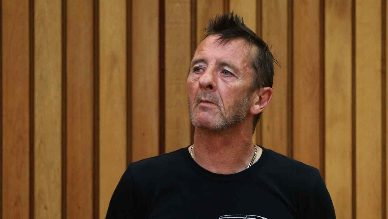 Phil Rudd ex-baterista de AC/DC en el tribunal de Nueva Zelanda