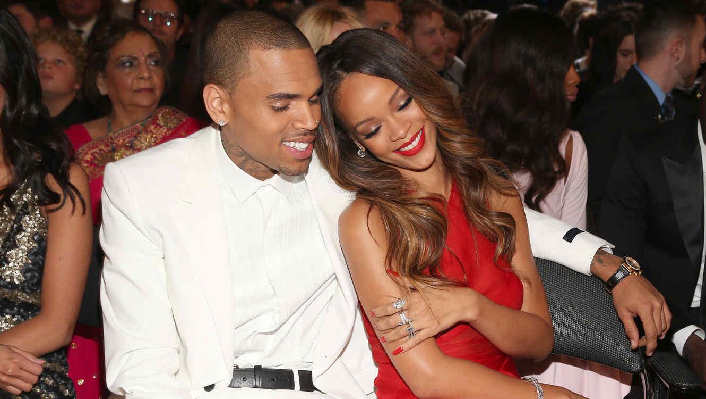 Chris Brown y Rihanna en los premios Grammy 2013