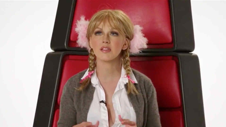 Christina Aguilera la imita a Britney Spears en The Voice