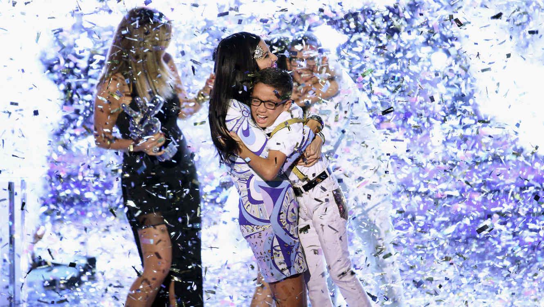 natalia jimenez, jonael santiago, abrazo, momento ganador, la voz kids