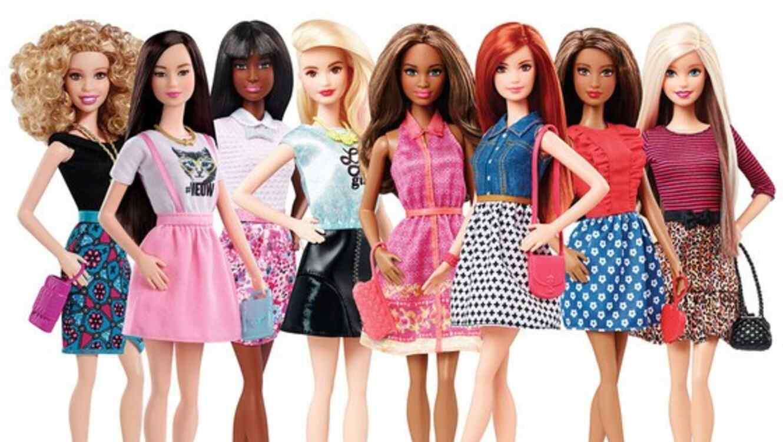 La barbie fashionista se moderniza con zapatos flats y for Best home design books 2015