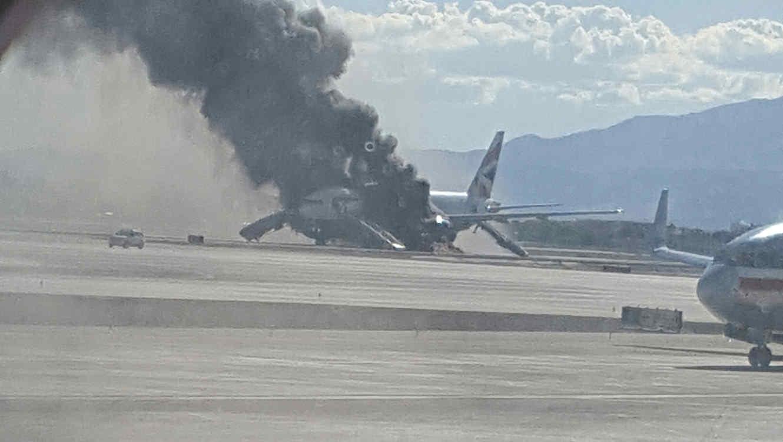 6ad9d5c27e3 Motor de avión de British Airways se incendia en Las Vegas