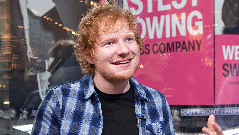 """Ed Sheeran en el programa """"Extra"""" en 2015"""