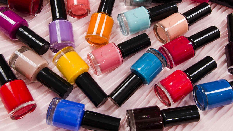 Tu esmalte de uñas favorito te podría estar engordando | Telemundo