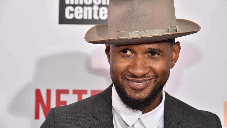 Usher Raymond, 2015