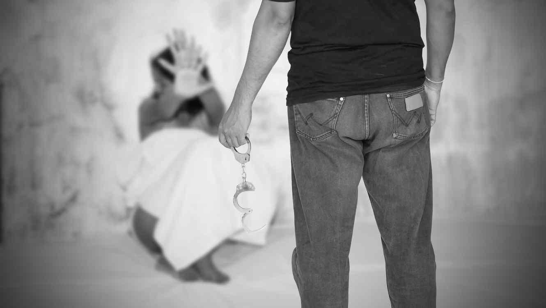 Abusó sexualmente de su hija durante 30 años y la dejó embarazada 12 veces