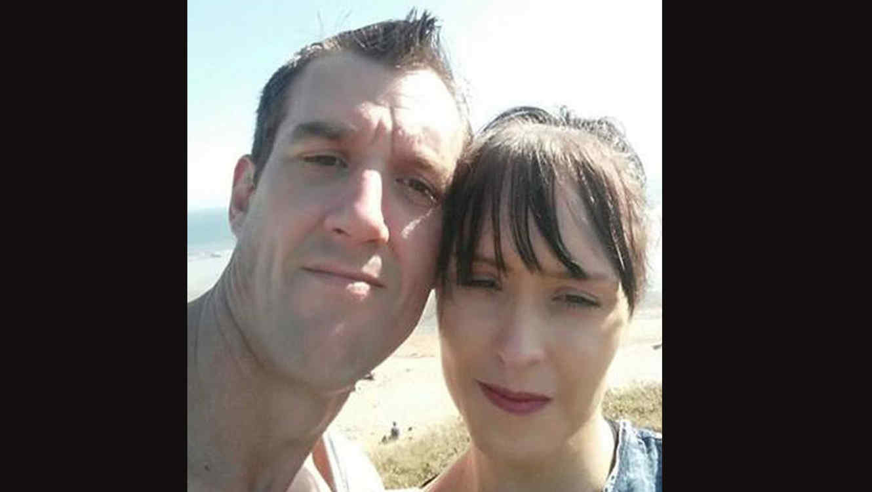Stacey Gwilliam y Keith Hughes