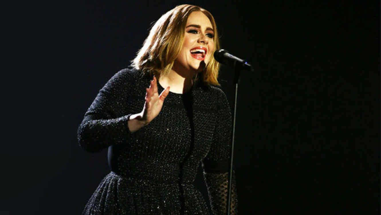 """Adele en la final de """"X Factor"""" 2015"""