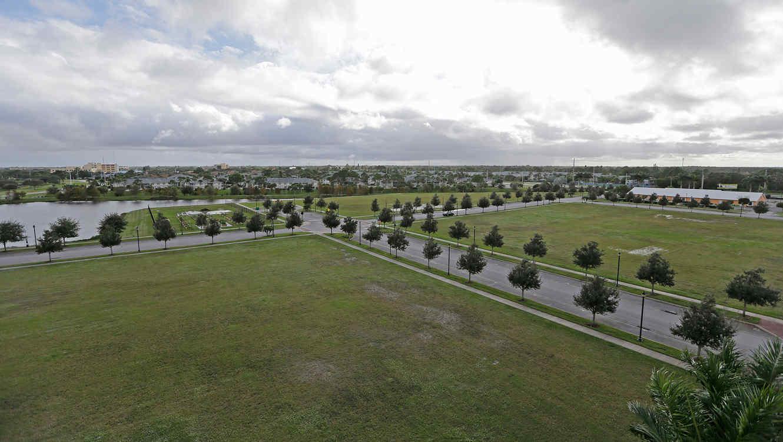 Foto del 9 de diciembre del 2015 que muestra parte de los terrenos comprados por una empresaria que se proponía darle a la ciudad de Port St. Lucie, Florida