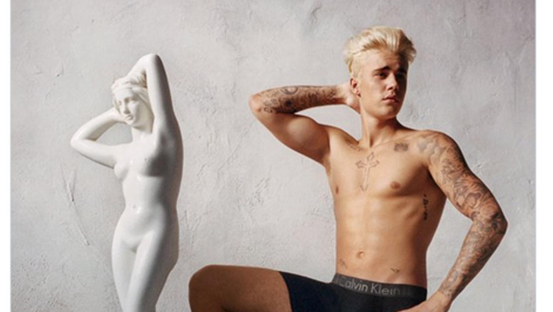 Foto de Justin Bieber en campaña de Calvin Klein, primavera 2016